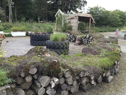 Turf log wall 2