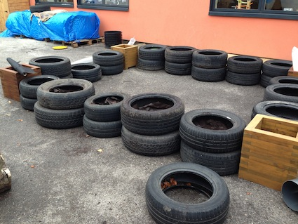 Laying out the tyres