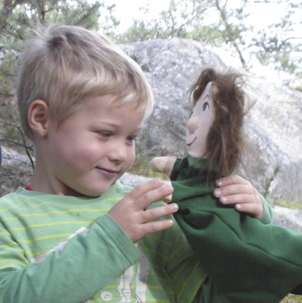 Post image for Using Puppets Outdoors 10 Tips and More