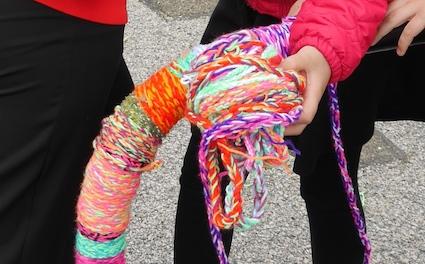 ES Yarn bombing 4