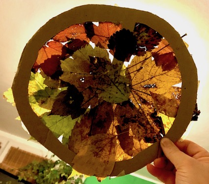 Post image for 2D Shape Art with Leaves
